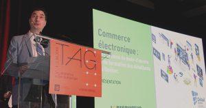 Manuel Champagne lors du dévoilement de l'étude sur le commerce électronique